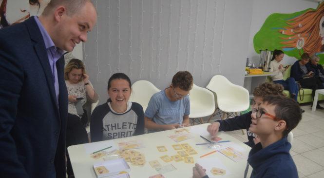 В Твери провели игру по генной инженерии GMOlab