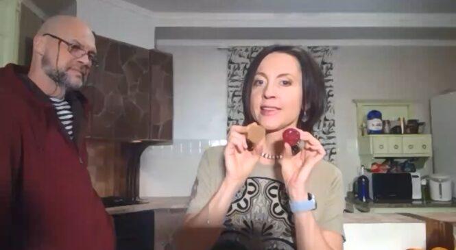 Евгения Тимонова показала фокусы вкуса и провела опыты на кухне