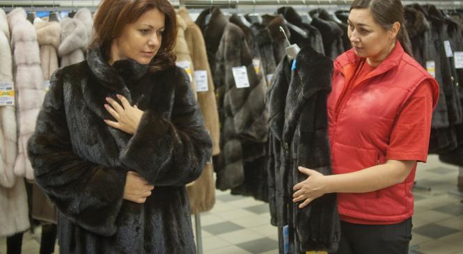 Тверская меховая: шубы для всей России